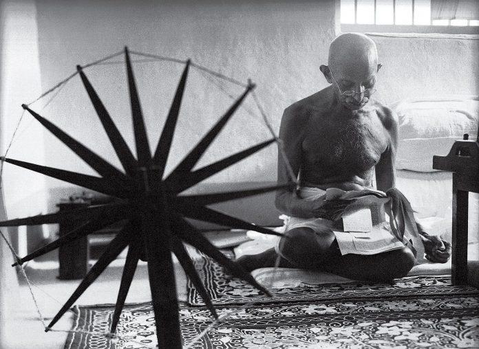I-Grandi-della-Storia-Gandhi-in-pillole